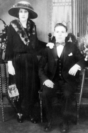 Francisca y Antonio, circa 1920s