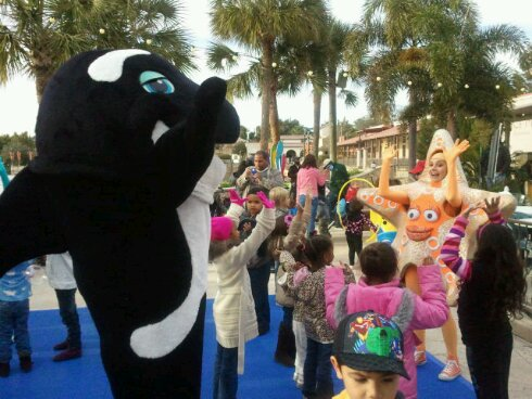 Dancing with Shamu at SeaWorld Orlando, part of Just for Kids! event