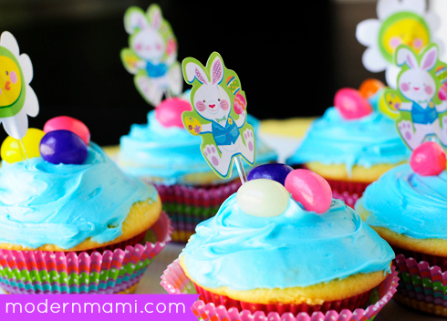 Easter After-School Treat Ideas for Kids: Lemon & Blue Raspberry Cupcakes