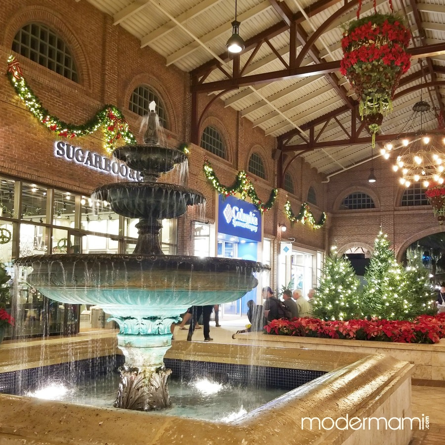 7 Ways to Celebrate the Holidays at Disney Springs!